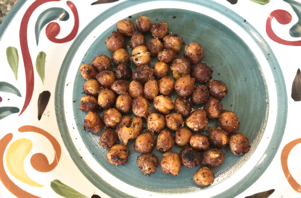 Photo of spicy roasted chickpeas as a healthy vegan, gluten-free and nut-free snack